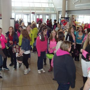 1 billion rising flash mob arrives 4 20131101 1832262124